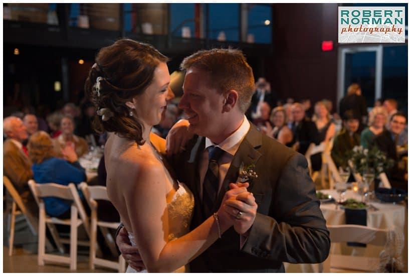 saltwater-farm-vineyard-wedding-ct-wedding-photographer