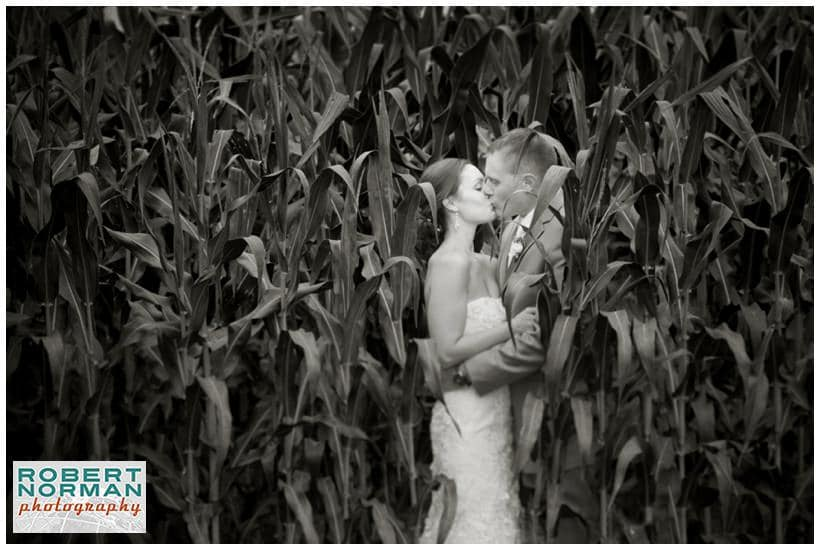 CT vineyard wedding at Jonathan Edwards winery, North Stonington
